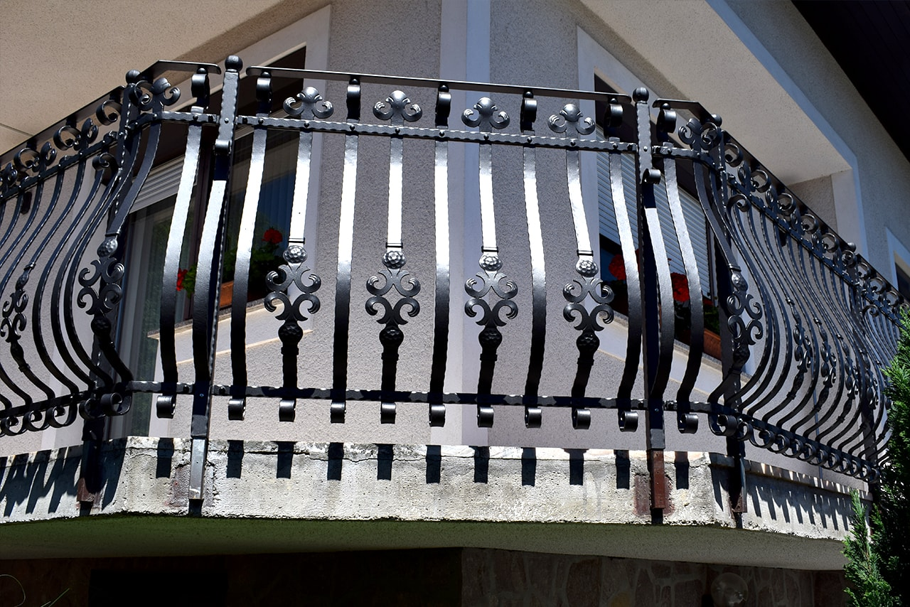 Balkonska ograja na Gorenjske Sarnek.si