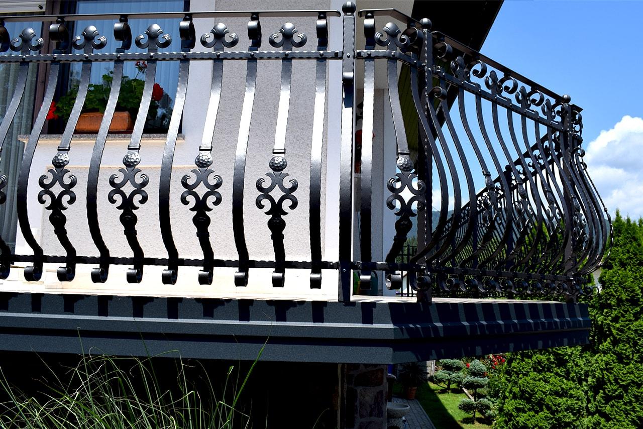 Balkonska ograja na Gorenjskem