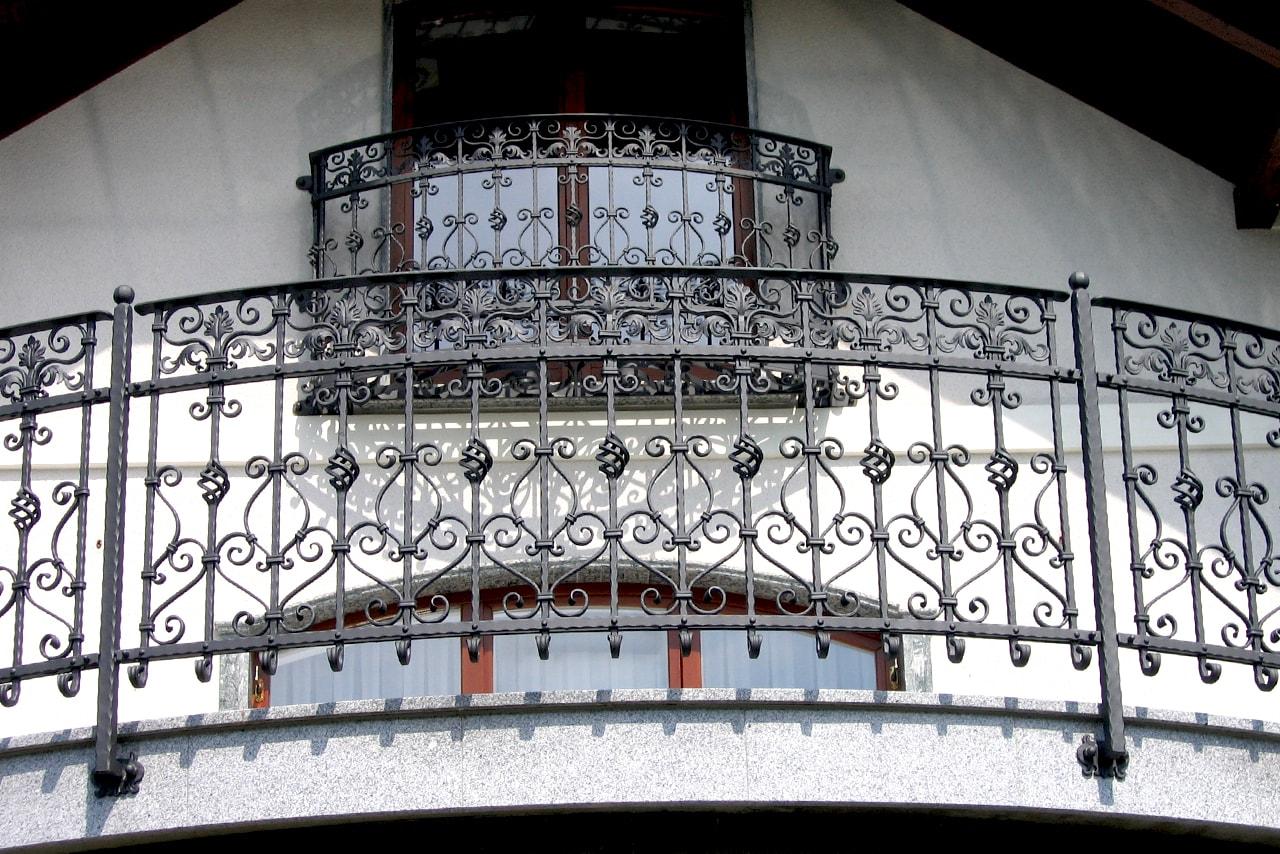 Balkonske ograje Sarnek.si umetno kovaštvo