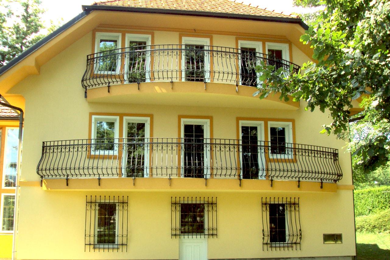 Kovana balkonska ograja unikati kovaštvo Sarnek.si