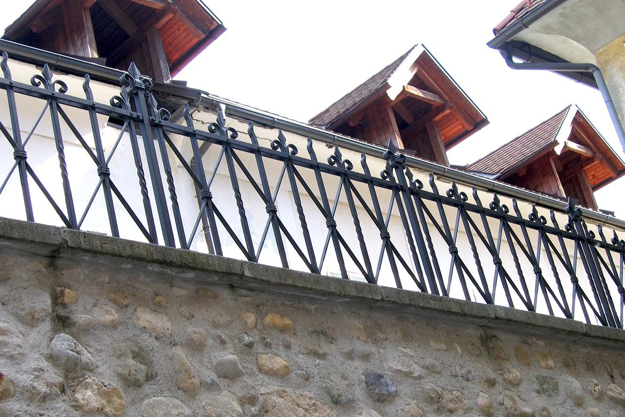 Kovane ograje za stara mestna jedra