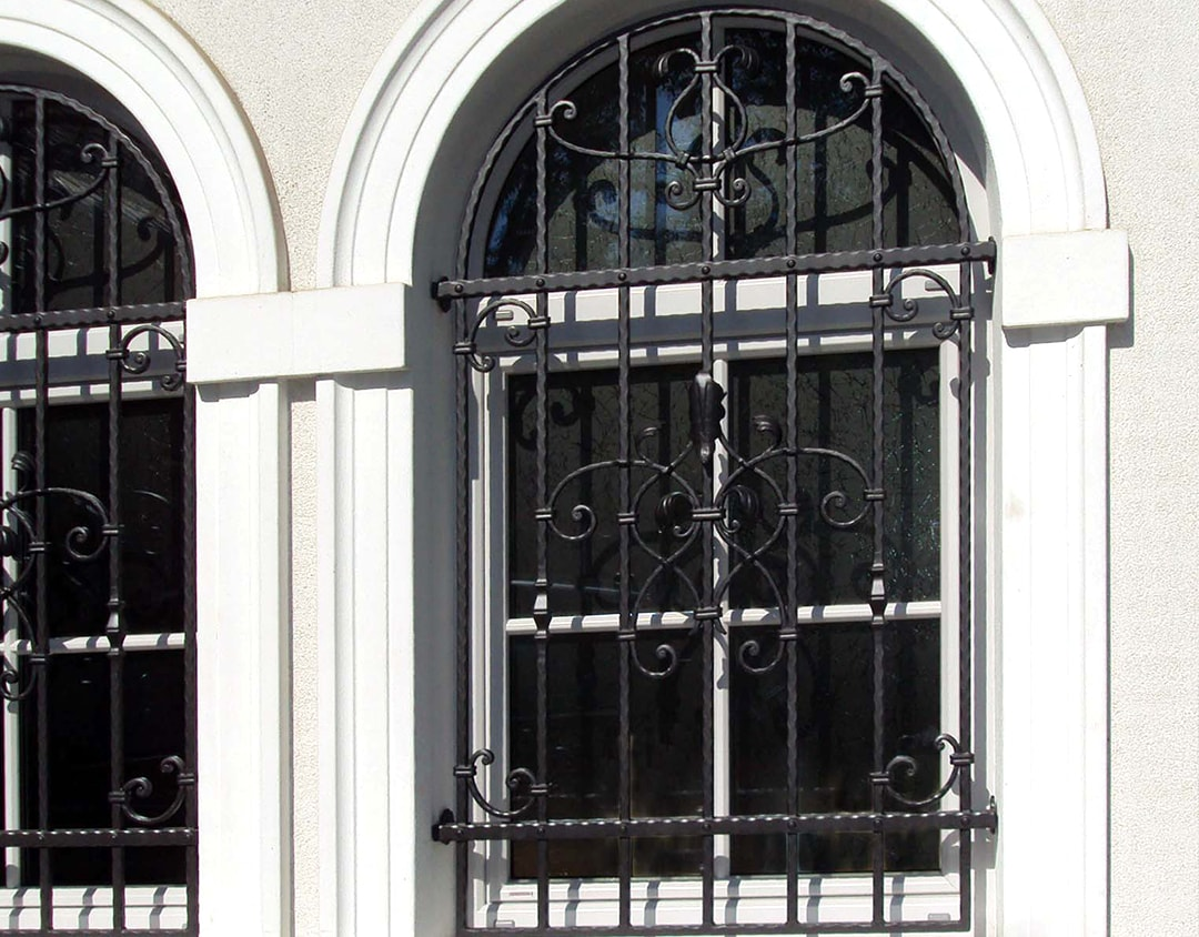 Kovane okenske rešetke Sarnek.si-min