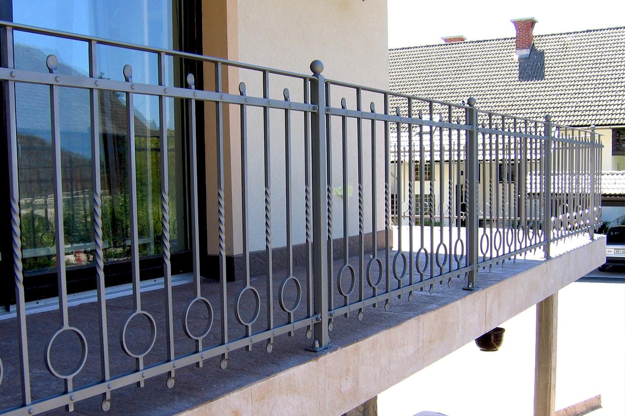 Moderne balkonske ograje Sarnek.si