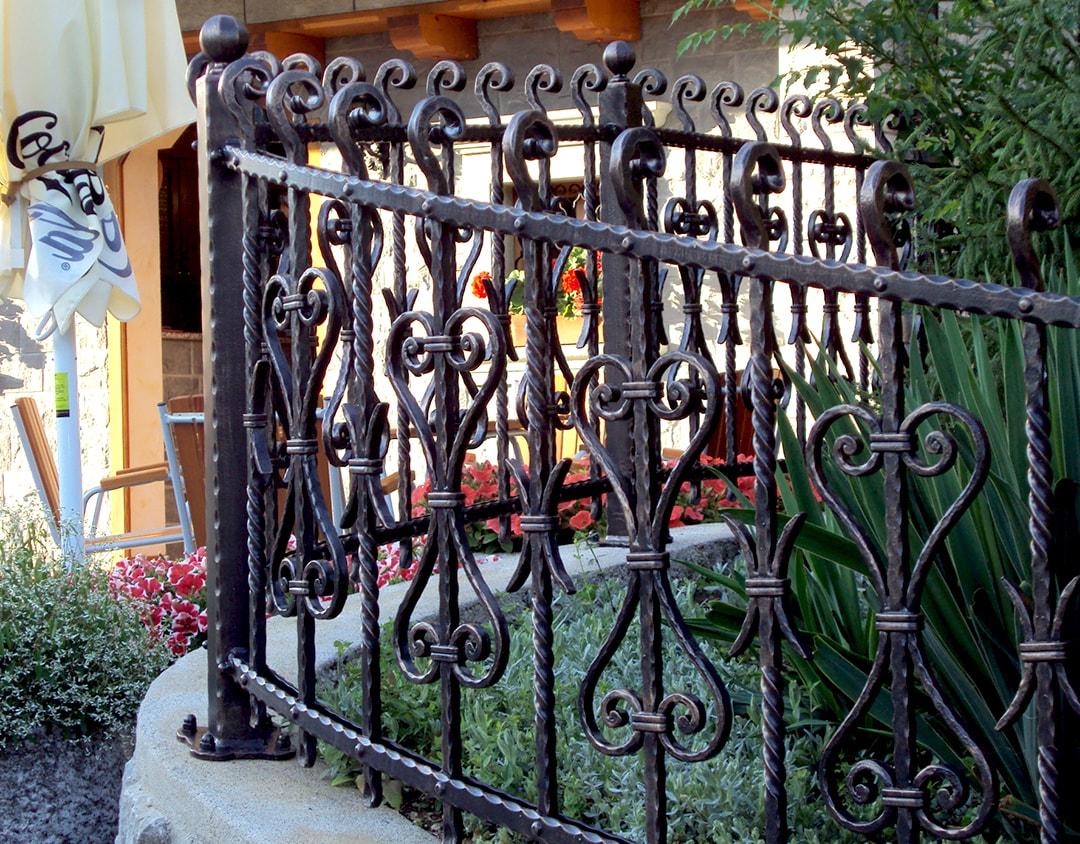 Vrtne ograje umetno kovaštvo Šarnek