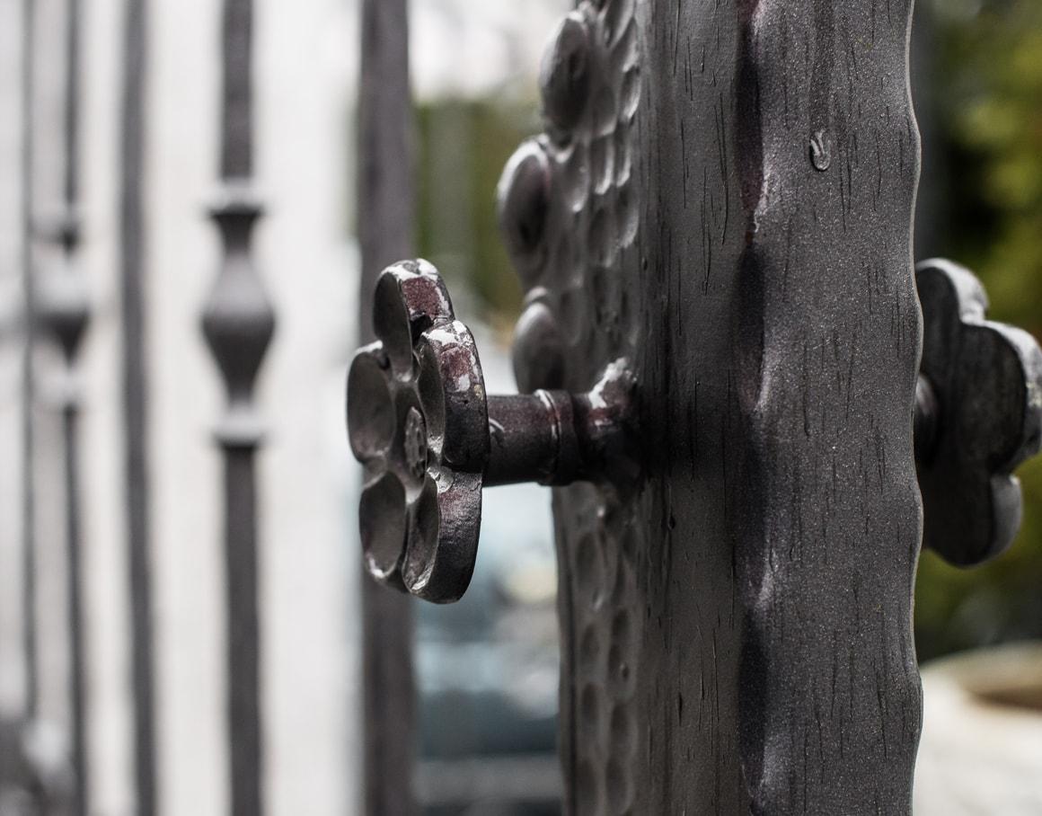 Kovinske ograje - Unikati kovaštva Sarnek.si