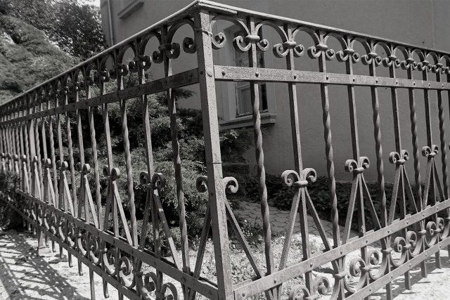 Kovana balkonska ograja po meri