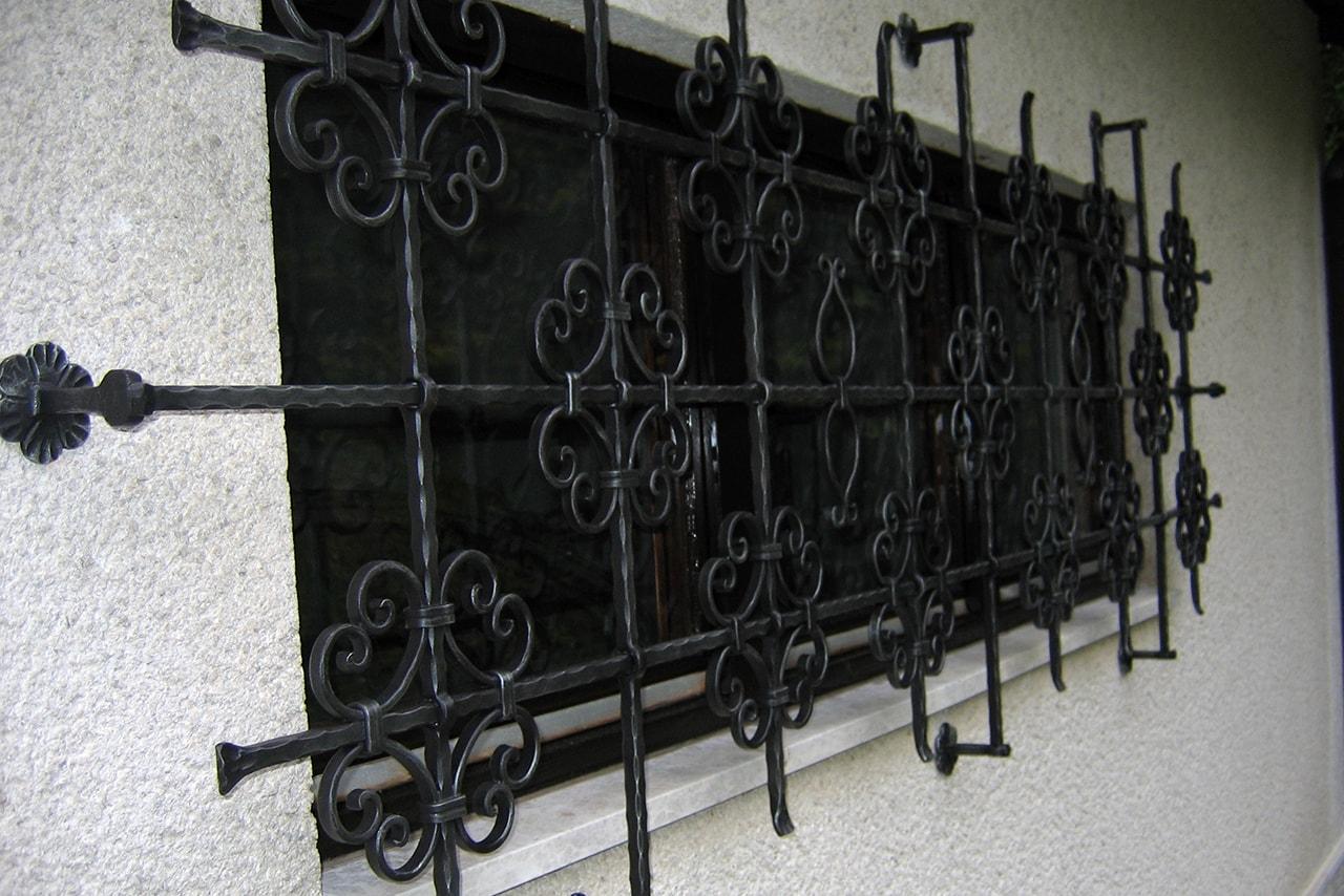 Okenjske mreže umetno kovaštvo Šarnek