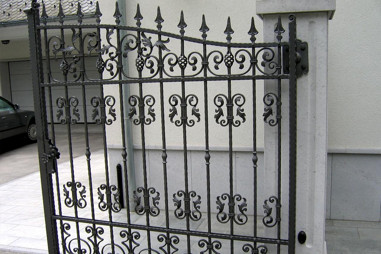 Dvoriščna vrata Sarnek.si