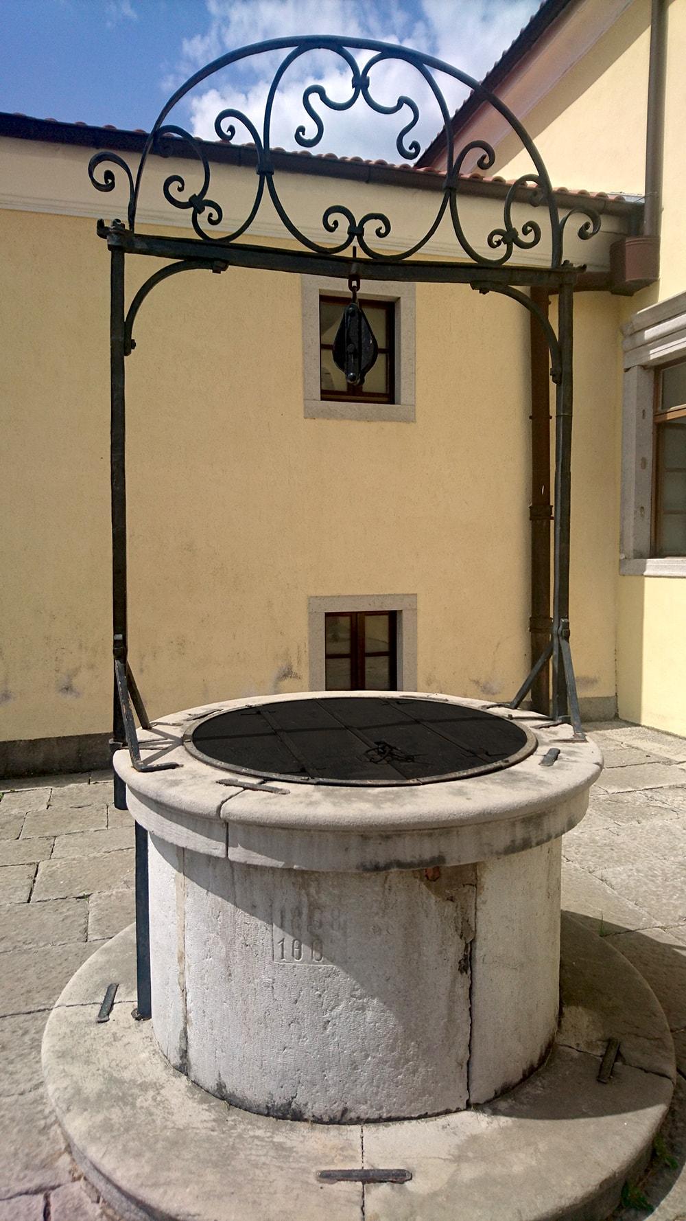 vodnjak kras zbiralnik vode
