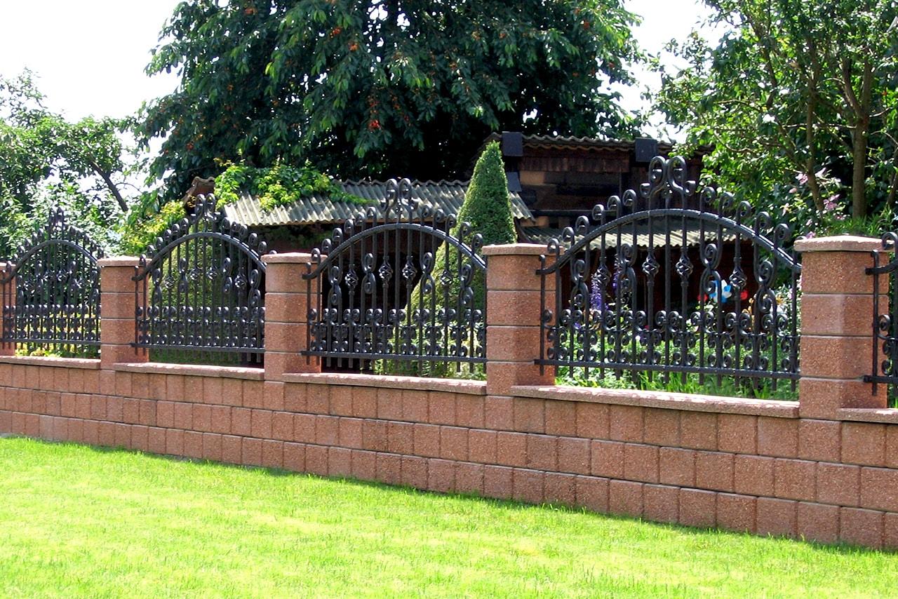 Kovani vrtni izdelek - kovana vrtna ograja