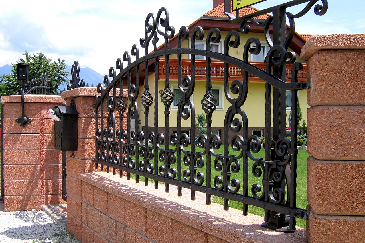 Vrtna ograja in ostali kovani izdelki