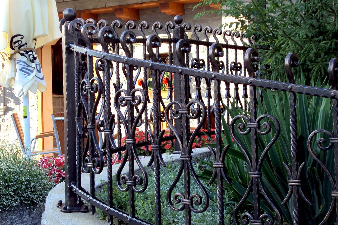 Sarnek vrtne ograje po naročilu