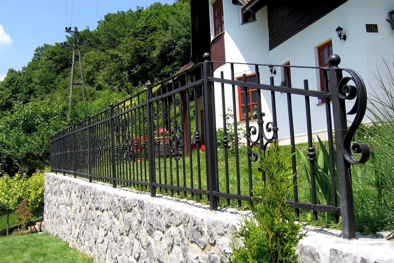 Vrtna ograja - kovačija Šarnek gorenjska