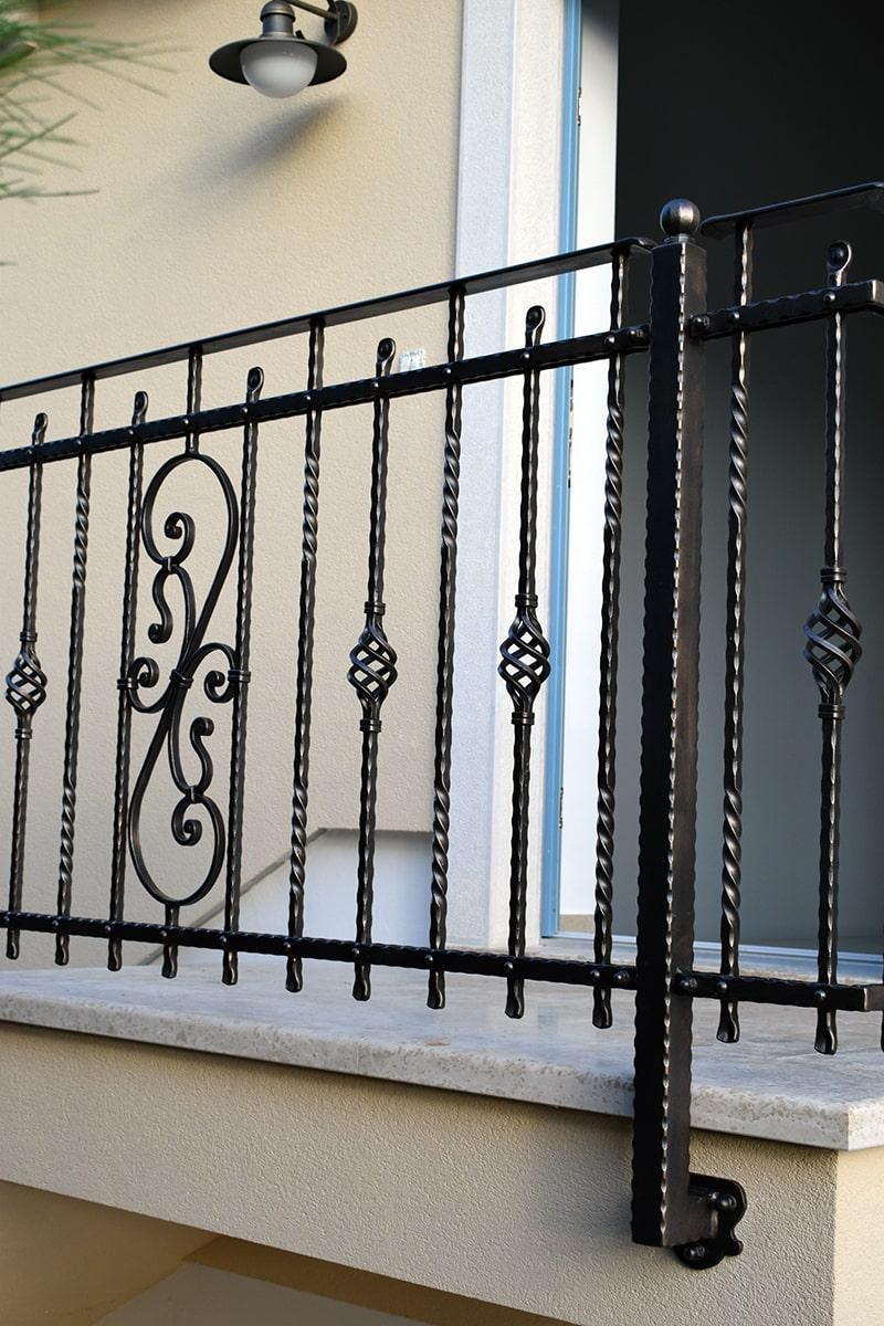 stopniščna ograja Šarnek