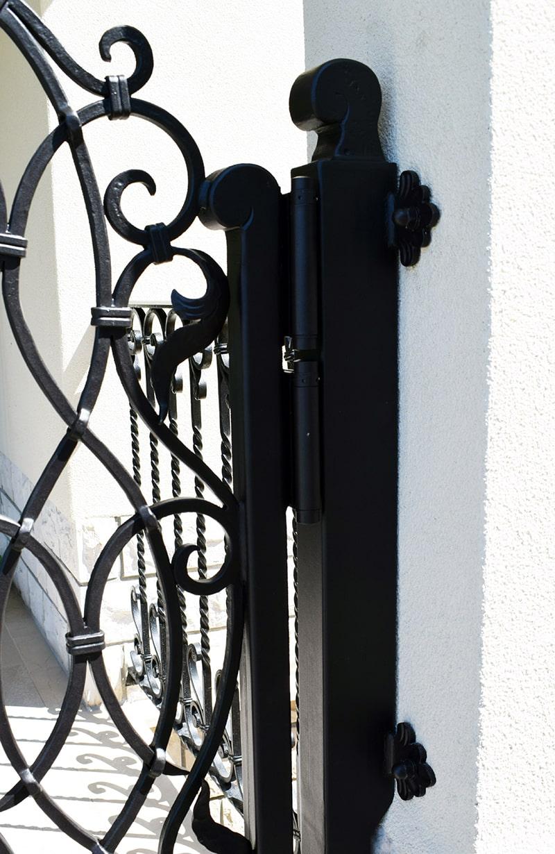 umetno kovaštvo šarnek kovana vrata