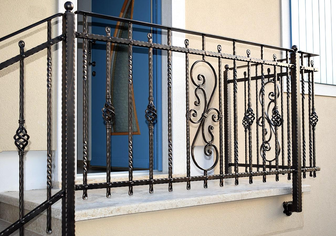 zunanja stopniščna ograja šarnek