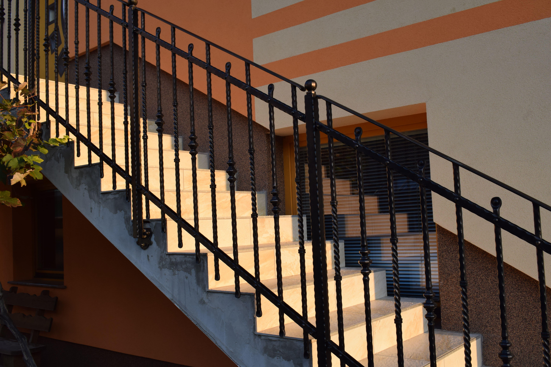 zunanja stopniščna ograja