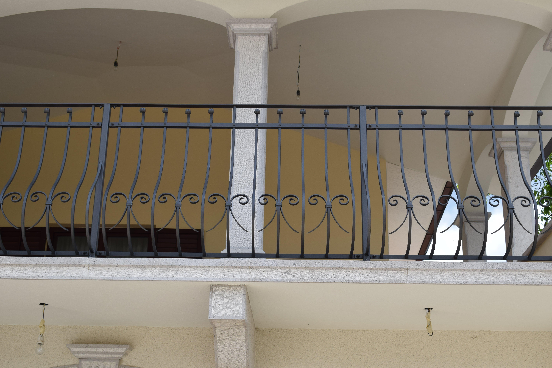 kovana-balkonska-ograja-Pia-2